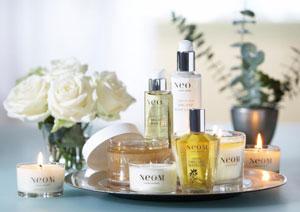 Collection de soins bio et bougie parfumée naturelle Neom Luxury Organics